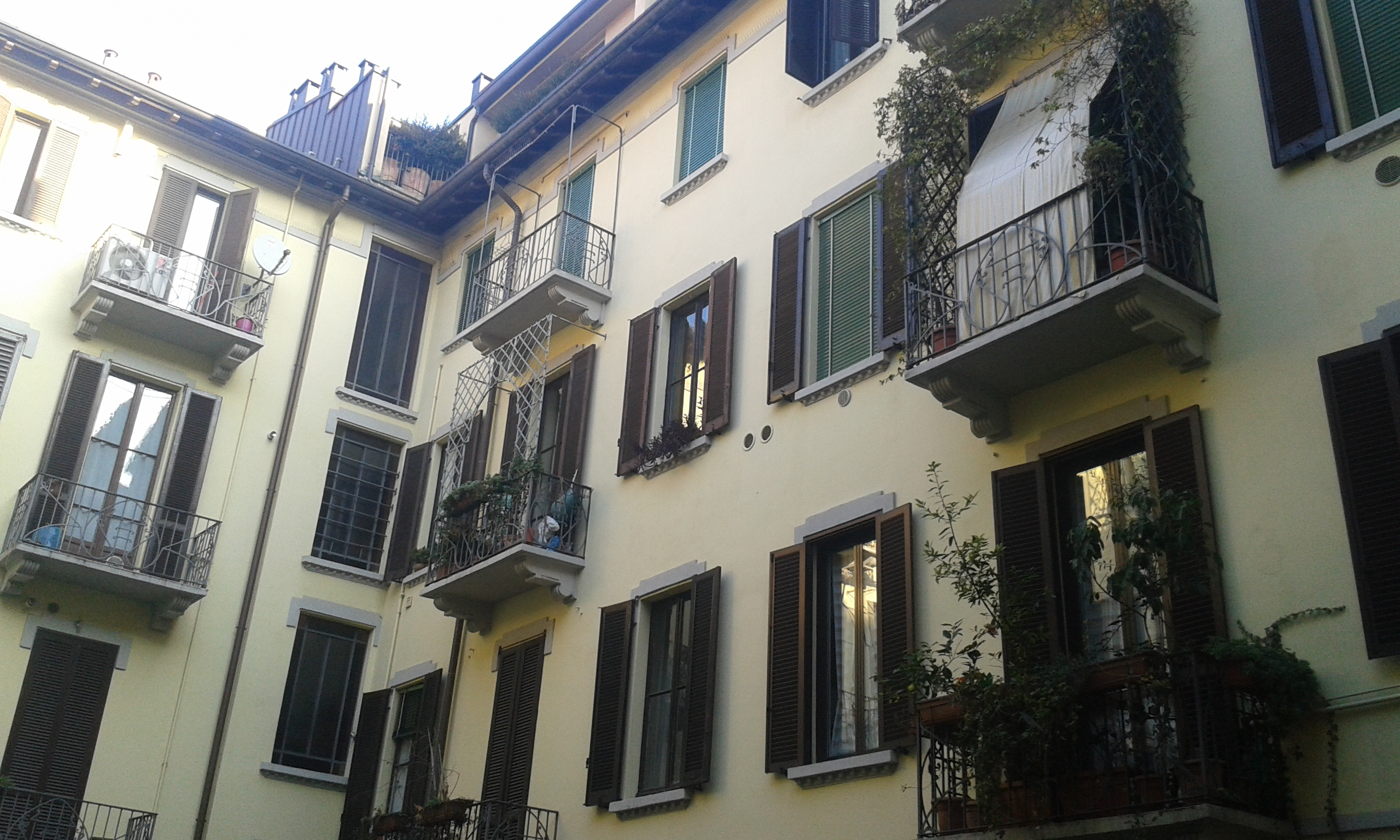 Parapetti per balconi e terrazze mfs carpenteria fabbro for Arredo balconi e terrazze